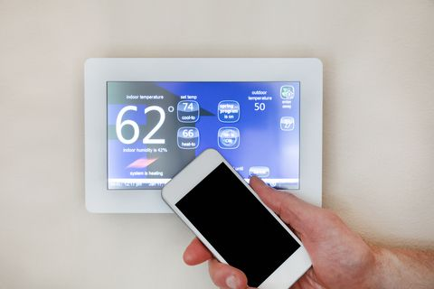 How Smart Thermostats Benefit You (And Your Furnace!)